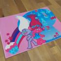 Tapis Enfant - Les Trolls et Cupcakes - 95x133cm