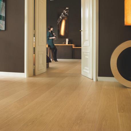 LPU1284-quickstep-largo-chene-verni-naturel-planches